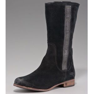 Ugg Annisa boots 🌟 amazing condition🌟 low heel